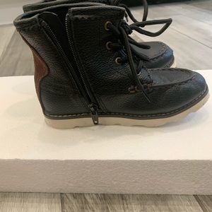Gap Hiker Ankle Boot